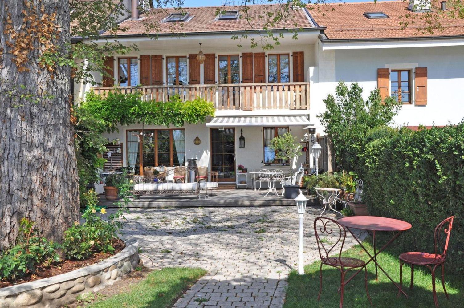 Tres belle maison perfect belle maison rnove la campagne - Tres belle maison de vacances charette ...